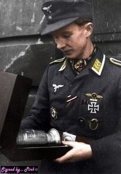 colorised by fb world war colorisation, import by Nicolas Leforestier : https://www.pinterest.com/nleforestier/wwii-wehrmacht-waffen-%CF%9F%CF%9F-luftwaffe-kriegsmarine-pr/