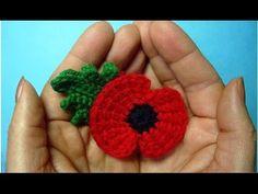 Crochet Puff Flower Traditional crochet poppy flower - memory of First World War 11 november - Crochet Small Flower, Crochet Flower Patterns, Crochet Flowers, Crochet Ideas, Crochet Brooch, Crochet Wool, Crochet Gifts, Knitted Poppy Free Pattern, Remembrance Flowers