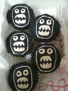 The Mighty Boosh Cupcakes!