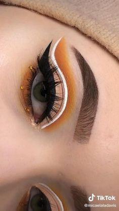 Eye Makeup Steps, Eye Makeup Art, Cute Makeup, Eyeshadow Makeup, Eyeliner, Eye Makeup Cut Crease, Beautiful Eye Makeup, Makeup Kit, Eyeshadows