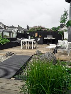 Small Patio Garden Design Ideas For Your Backyard 46 Outdoor Rooms, Outdoor Gardens, Gazebos, Rooftop Garden, Contemporary Garden, Dream Garden, Backyard Landscaping, Beautiful Gardens, Landscape Design