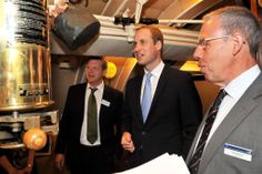 HRH #PrinceWilliam The Duke of Cambridge in HMS Alliance with Commodore Chris Munns (right), Director of the Submarine Museum, and Henry Lyndsay, Museum Designer #RoyalNavy #submarine #museum #HMSAlliance #Royalvisit