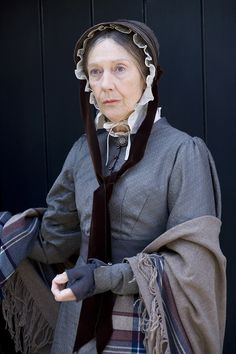 Eileen Atkins as Miss Deborah Jenkyns in Cranford (BBC TV Mini-Series, 2007) #CostumeDesign: Jenny Beavan