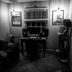 Finally got the office put together couldnt be more stoked. Let the jamz commence. #studio #krk #kurtcobain #fender #telecaster #ericchurch #covenantcables #skateboard #countrymusic #stormtrooper #starwars #nashville by gagewest_music https://www.instagram.com/p/BEDVdjlrIkP/ #jonnyexistence #music