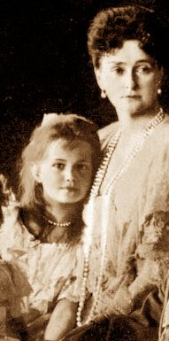 Mother and Daughter: Tsaritsa Alexandra and Grand Duchess Maria    In 1910, her fourteen-year-old sister Olga persuaded ten-year-old Maria to write their mother a letter asking that Olga be given her own room and be allowed to let down her dresses. Maria tried to persuade her mother that it was her own idea to write the letter.