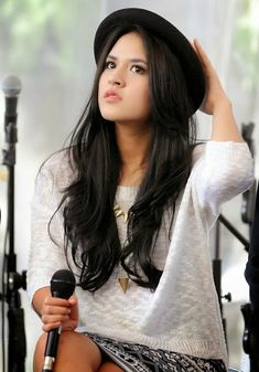 Tatjana Saphira, Indonesian Women, My Black, Sweet Girls, Chelsea, Celebs, Singer, Actresses, Long Hair Styles