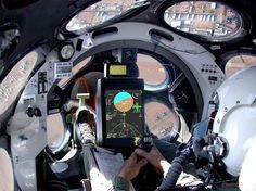 displays, gauges, computers, cockpit, Spaceship_One_cockpit_in_flight