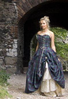 Reun JEZEGOU souhaite, par ce blog, promouvoir le port du kilt comme un vêtement de tous les jours pour les garçons et les hommes, et partager ma passion pour  la musique écossaise et la culture celte plus généralement.