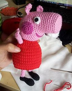 FREE crochet pattern: Peppa Pig