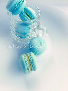 Salt Vanilla Macaron