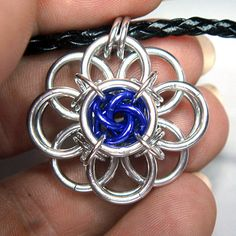 Chainmaille Tutorial Helm Flower with Mobius by AussieMaille