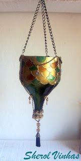 Luminária com inspiração na art noveau de garrafa de vinho    Luminaire with inspiration in art nouveau wine bottle