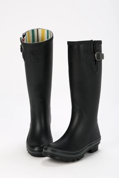 Completely black Evercreatures wellington boots made from natural rubber  with a soft 355e2d916b7
