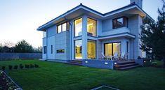 Z klasą 1 - realizacja 1 - DOMY Z WIZJĄ Construction, Modern House Design, Sweet Home, House Styles, Home Decor, Case, Modern, Home, Building