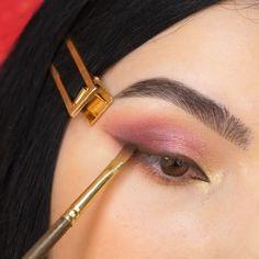 Dramatic Eye Makeup, Makeup Eye Looks, Eye Makeup Art, Simple Eye Makeup, Natural Eye Makeup, Blue Eye Makeup, Everyday Eye Makeup, Everyday Makeup Tutorials, Disney Eye Makeup
