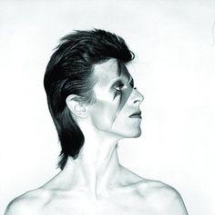 Aladdin Sane (aka Bowie) photographed by Brian Duffy