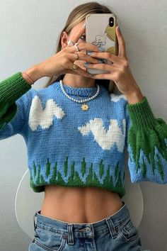 Whether or not you realize it, these you probably own or want at least one of these nine grandma fashion trends. They've officially become huge. Pretty Outfits, Cool Outfits, Casual Outfits, Fashion Outfits, Fashion Trends, Winter Outfits, Black Outfits, Knit Fashion, Skirt Outfits