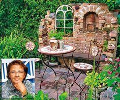 1 … mine At E-Bay I conveniently bought the old iron window … - Diy Garden Deco Patio Pergola, Backyard Landscaping, Amazing Gardens, Beautiful Gardens, Pierre Decorative, Gothic Garden, Garden Types, Garden Images, Diy Garden Decor
