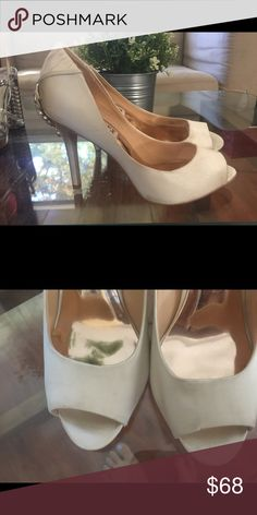 Badgley Mischka white satin crystal peep toe 5 1/2 Brand new pleated details white satin and crystals heels size 5 1/2 was display items, has some minor smudges Badgley Mischka Shoes Athletic Shoes