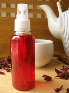 DIY red hair highlights ~ simply use hibiscus tea (Celestial Seasonings or Tazo tea work great)!