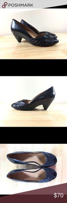 Frye shoes 8 black low heels slip on office work Good condition Frye Shoes Heels