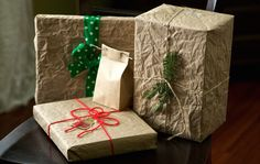 95% of Canadians like the idea of more environmentally friendly gift-wrapping. Here's how to do it.