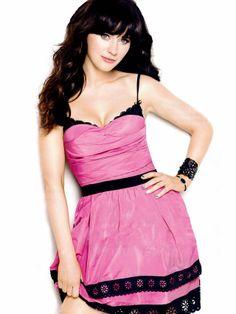 Zooey New girl Pink Sexy zooey deschanel Zooey Deschanel, Hot Actresses, Beautiful Actresses, Canadian Actresses, Most Beautiful Women, Beautiful People, Jessica Day, Emily Vancamp, Lena Dunham