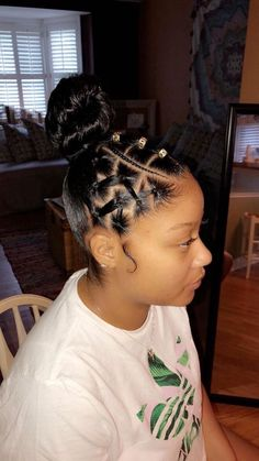 Pin By Rose Horne On Girls Hairstyles Braids In 2019 Girls Natural Hairstyles Braids Girls Hairstyles Horne pin Rose Rubber Band Hairstyles, Lil Girl Hairstyles, Birthday Hairstyles, Girls Natural Hairstyles, Baddie Hairstyles, Natural Hair Styles, Short Hair Styles, Homecoming Hairstyles, Elegant Hairstyles