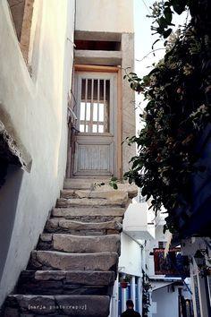 Vaaleanpunainen hirsitalo - Page 2 of 912 - Greek Islands, Blog, Greek Isles, Blogging