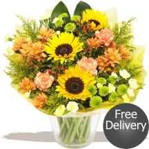 Autumn Glory sunflowers #flowers Sunflower Bouquets, Gifts Delivered, Flowers Delivered, Sunflowers, Glass Vase, Autumn, Floral, Plants, Fall