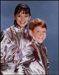 Penny & Will Robinson (Angela Cartwright & Billy Mumy) Lost In Space - 1965