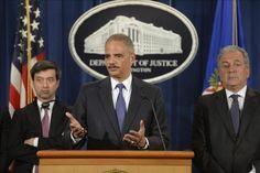 Eric Holder discute en Barbados sobre el narcotráfico y trata humana en Caribe - USA Hispanic