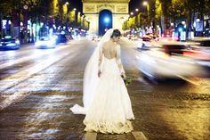 Trash the Dress Aline & Henrique - Paris Olá noivinha! Hoje teremos mais um post de noivos casamento para vocês se apaixonarem!  Quem não amaria uma viagem a Paris? A cidade linda e r...