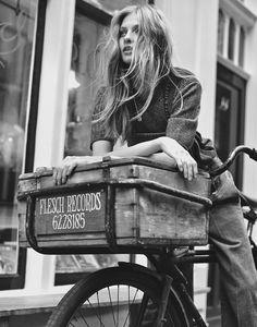 ☆ Anna Selezneva | Photography by Emma Tempest | For Mixt(e) Magazine | Spring 2015 ☆ #Anna_Selezneva #Emma_Tempest #Mixte_Magazine #2015