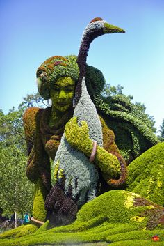 Stunning Plant Sculptures in the Montreal Mosaiculture Exhibition Image credits: fotoproze  @Sam Pryor