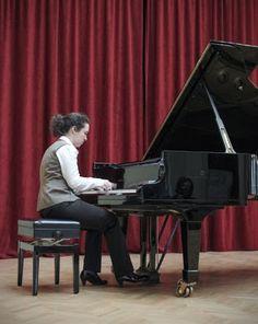 Μεγάλη διάκριάκριση για την Πρεβεζάνα πιανίστρια Ελεονώρα Αποστολίδη