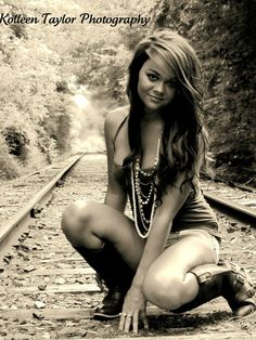 Hate this for a senior picture- too sexy. But this could be a really sassy/cute boudoir shoot pose. (Not on the railroad tracks obviously) cute pose though. Basketball Senior Pictures, Unique Senior Pictures, Photography Senior Pictures, Teen Photography, Girl Senior Pictures, Senior Photos, Senior Portraits, Pic Pose, Picture Poses