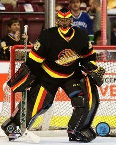 Goalie Ryan Miller of the Vancouver Canucks Goalie Pads, Goalie Gear, Hockey Goalie, Hockey Games, Field Hockey, Hockey Players, Ice Hockey, Ryan Miller, Nhl News