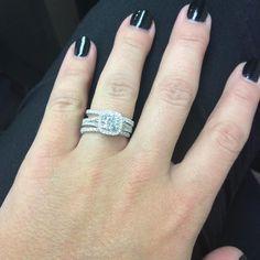 Martin flyer rings so gorgeous #martinflyer #engaged #engagementring #married #wedding #ring #diamond #diamondsareagirlsbestfriend #gorgeous #stunning #amazing #love