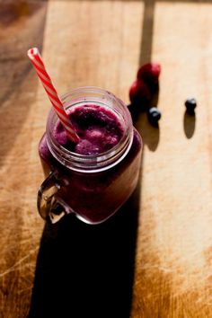 The Cupboard Challenge: Blueberry Smoothie