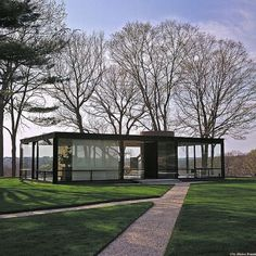 The Glass House, 199 Elm St, New Canaan, Connecticut, Architect: Philip Johnson. Houses Architecture, Nature Architecture, Amazing Architecture, Interior Architecture, Interior And Exterior, Philip Johnson Glass House, Gazebo, Pergola, Arch House