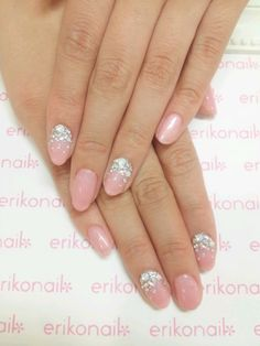 Wedding Nails-A Guide To The Perfect Manicure – NaiLovely French Manicure Nails, Oval Nails, Round Nails, French Nails, Fabulous Nails, Gorgeous Nails, Prom Nails, Wedding Nails, Cute Nails