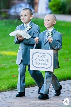 Last Chance to Run. #wedding #kaylimphotogrophy #ringbearer