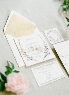 wedding invitation suite #weddinginvites @weddingchicks