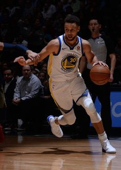 Stephen Curry of the Golden State Warriors handles the ball against the Denver Nuggets on February 3 2018 at the Pepsi Center in Denver Colorado NOTE. Stephen Curry Basketball, Nba Stephen Curry, Basketball Skills, Basketball Players, Stefan Curry, 2016 Warriors, Stephen Curry Wallpaper, Wardell Stephen Curry, Best Nba Players