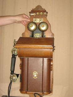 Antique Fiddleback Cathedral Ericsson & Co.Wall Phone