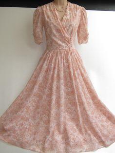 LAURA ASHLEY Vintage Peach Blossom Cotton by VINTAGELAURAASHLEY, £116.00