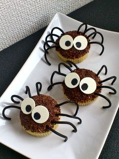-Pepper's Big World-: Cupcakes araignées d'Halloween (coco-chocolat)!