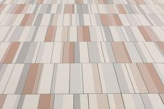 Ceramiche Mutina: wide surfaces and graphic patterns
