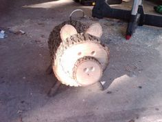 Log Pig- Wood slice animal Log Pig- Wood slice animal The post Log Pig- Wood slice animal appeared first on Wood Ideas. Log Projects, Diy Projects To Try, Crafts To Make, Kids Crafts, Wood Log Crafts, Wood Slice Crafts, Deco Nature, Wood Animal, Diy Holz